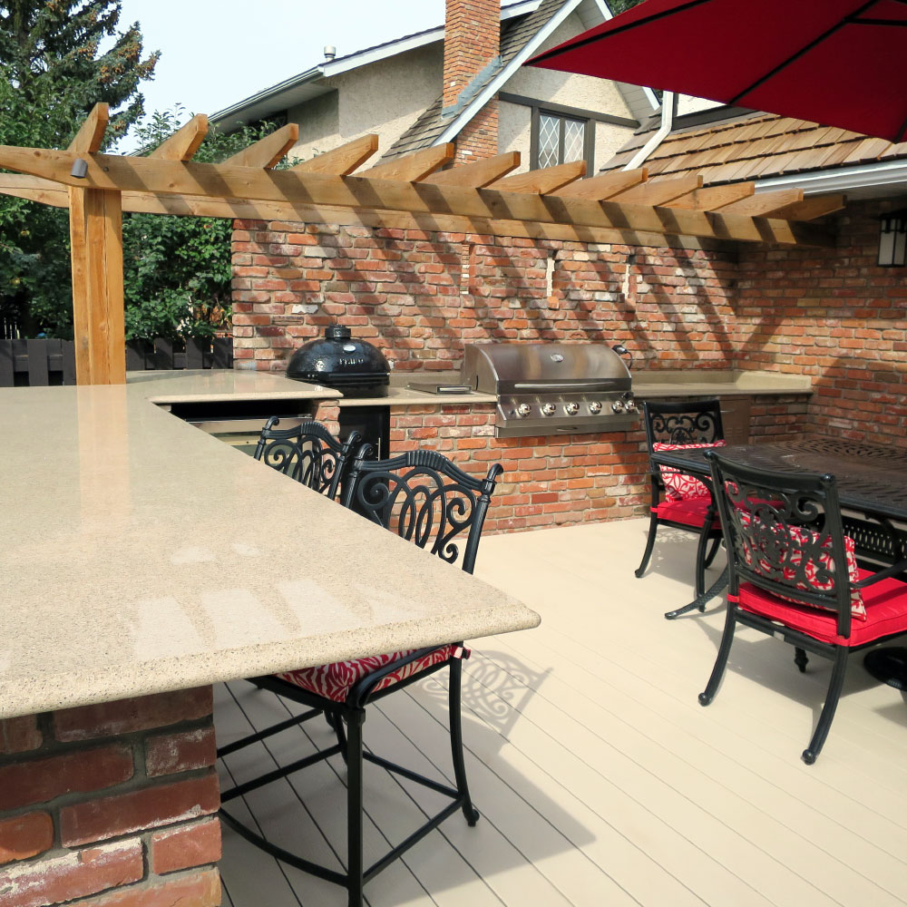 Outdoor Kitchen Design and Build